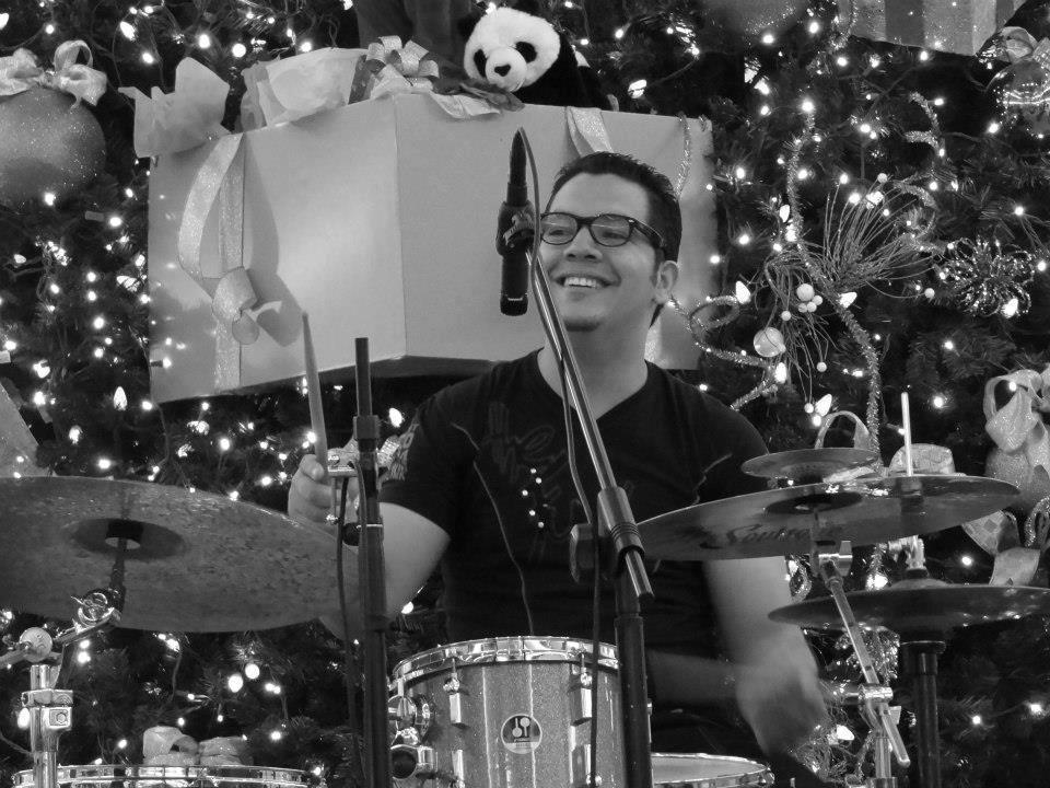 Vlade Guigni - Drummer / Instructor